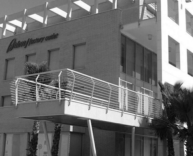 Architetto Remo Mattioli_Edificio-Commerciale-Brioni_1