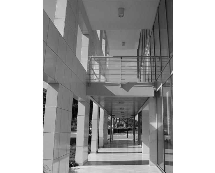 Architetto Remo Mattioli_Edificio-Commerciale-Brioni_3