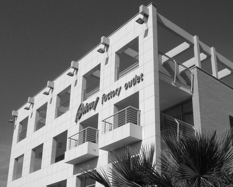 Architetto Remo Mattioli_Edificio-Commerciale-Brioni_4